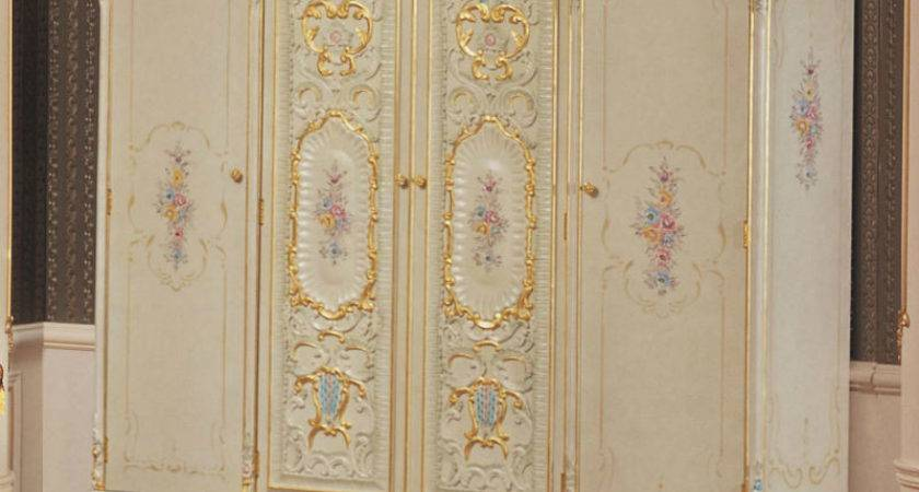 Antique Reproduction French Bedroom Furniture Wardrobe