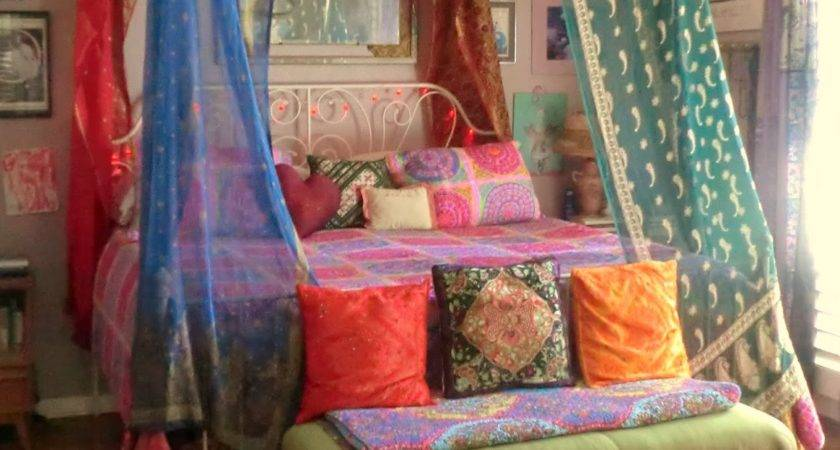 Babylon Sisters Vintage Sari Bed Canopy
