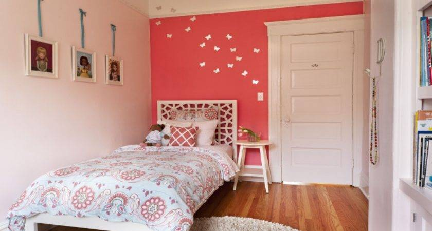 Bedroom Coral Pink Accents Decorations