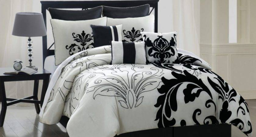 Bedroom Luxury Black White Bedding Design Ideas Feat