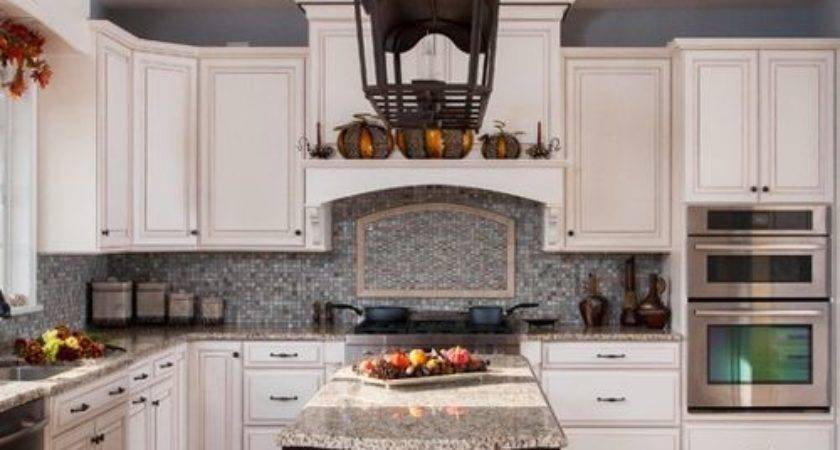 Best Staggered Cabinet Height Design Ideas Remodel