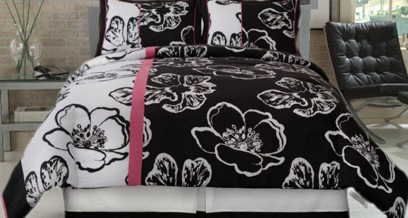Black White Piece Comforter Set Pink