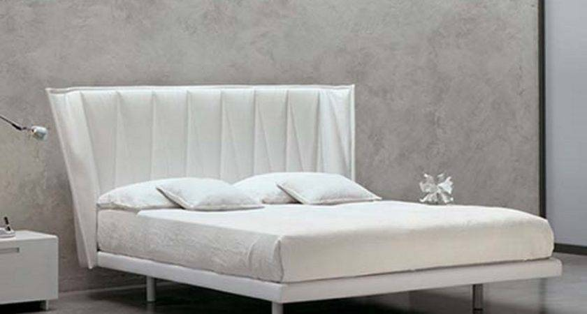 Bright Bed Design White Marble Pattern Wall Decor