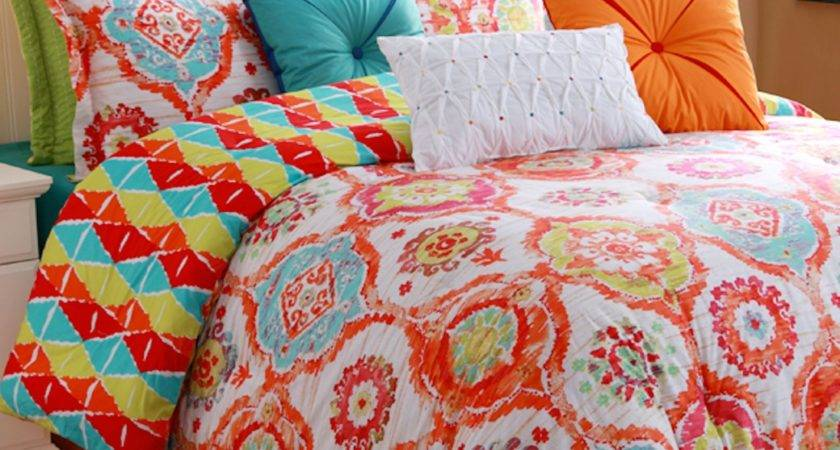 Bright Colored Bedding Peugen