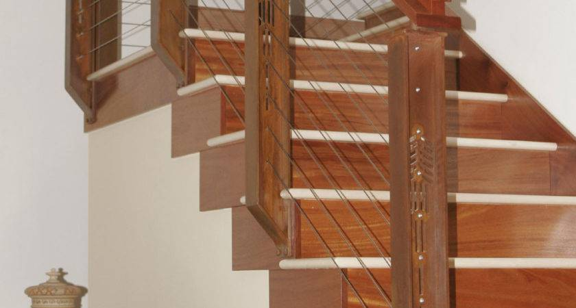 Captivating Home Interior Staircase Design Using Cable