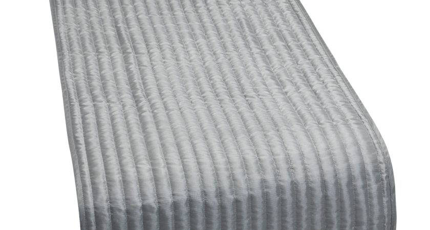 Catherine Lansfield Satin Look Quilted Bed Runner Luxury