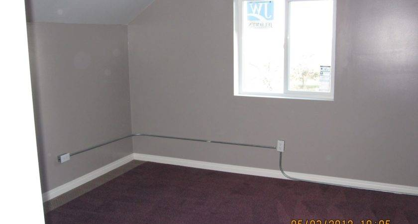Color Paint Walls Burgundy Carpet