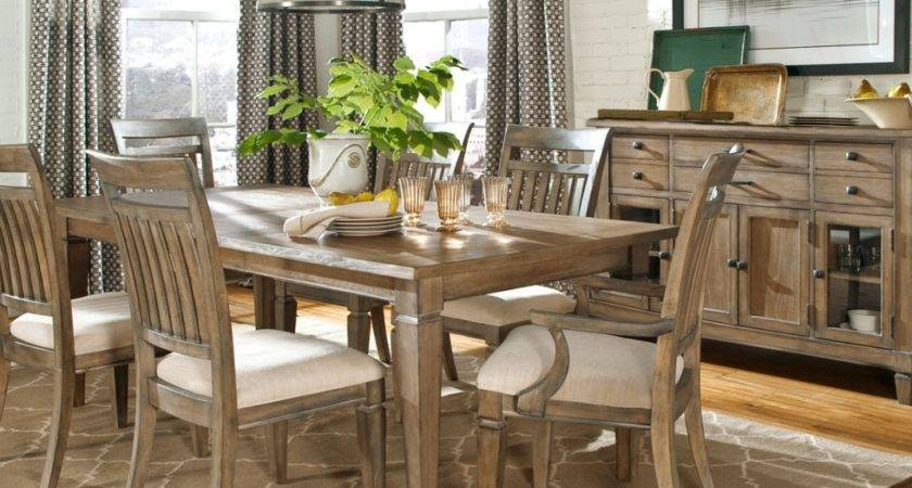 Cozy Small Vintage Rustic Cabin Decor Style Dining