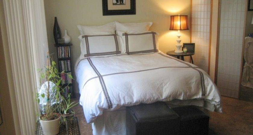 Decorate Small Bedroom Budget Home Design