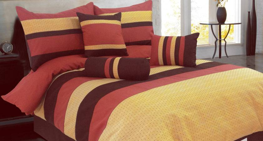 Diamond Jacquard Striped Comforter Set Coffee Red