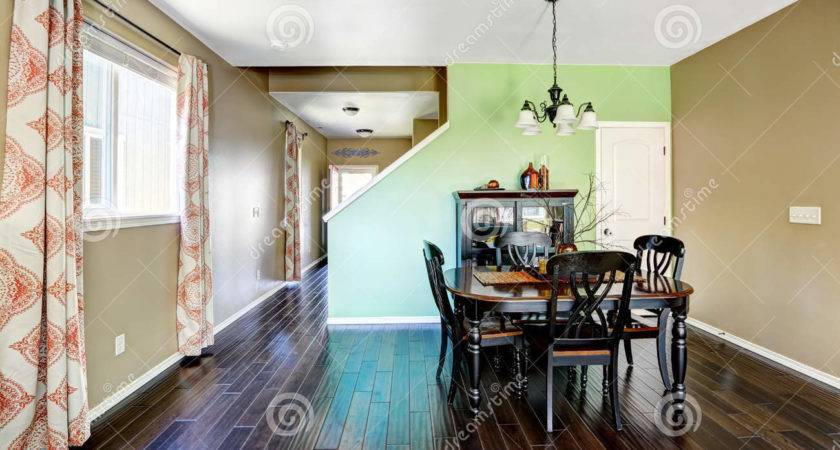 Dining Room Beige Green Color Walls
