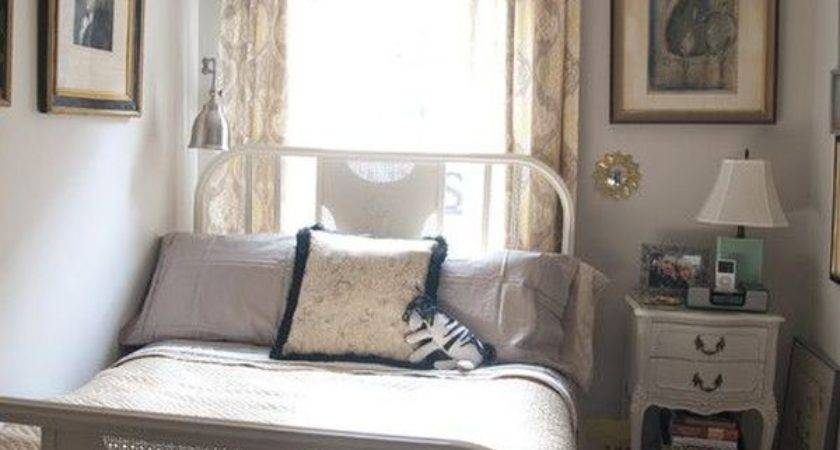 Few Useful Decorating Ideas Small Bedrooms