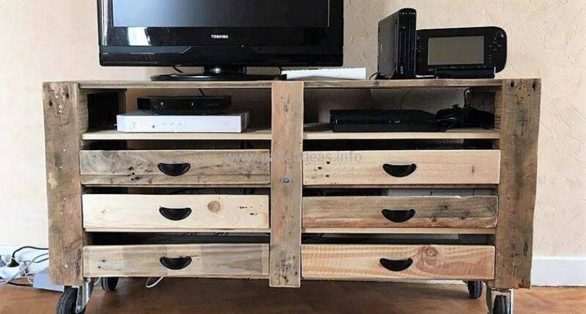 Fine Ideas Transform Pallets Into Something Useful