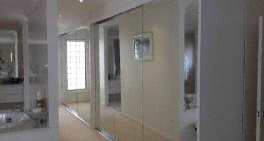 Frameless Mirrored Door Built Wardrobes