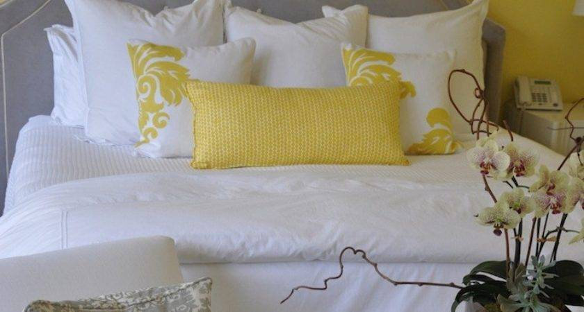 Gray Yellow Bedroom Design Ideas
