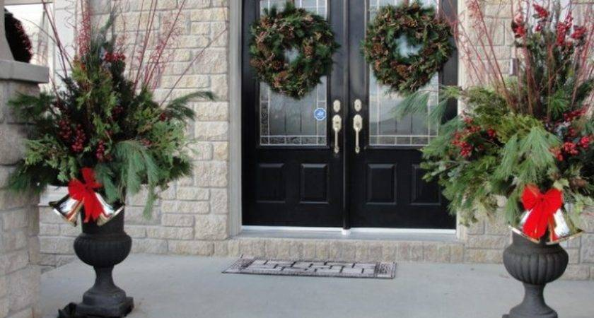 Great Christmas Front Door Decorating Ideas Style