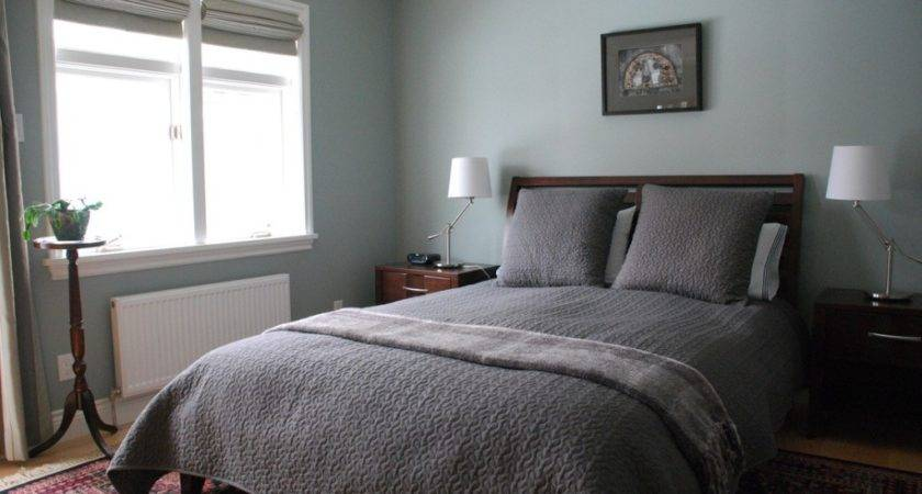 Grey Wall Color Stylish Queen Bed Small