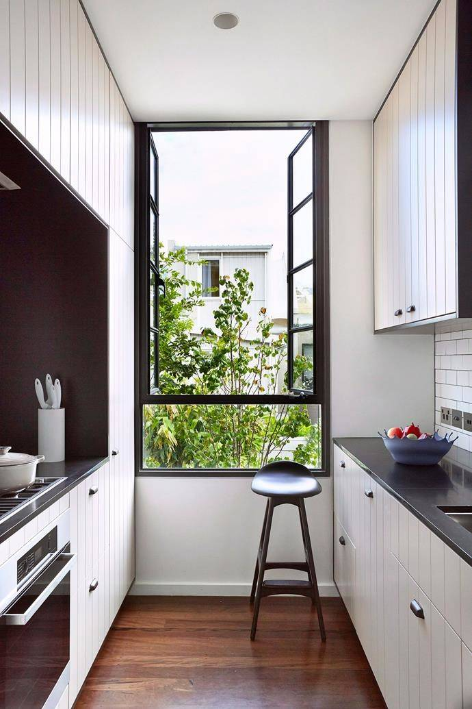 guide most popular kitchen layouts homes  designs chaos