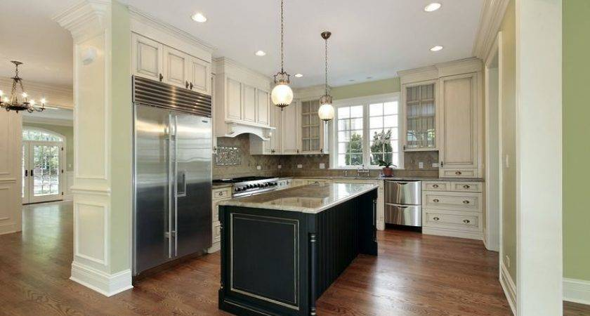 Kitchens Traditional Two Tone Kitchen