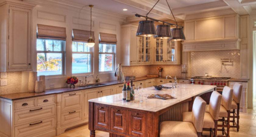 Lighting Over Island Backsplash