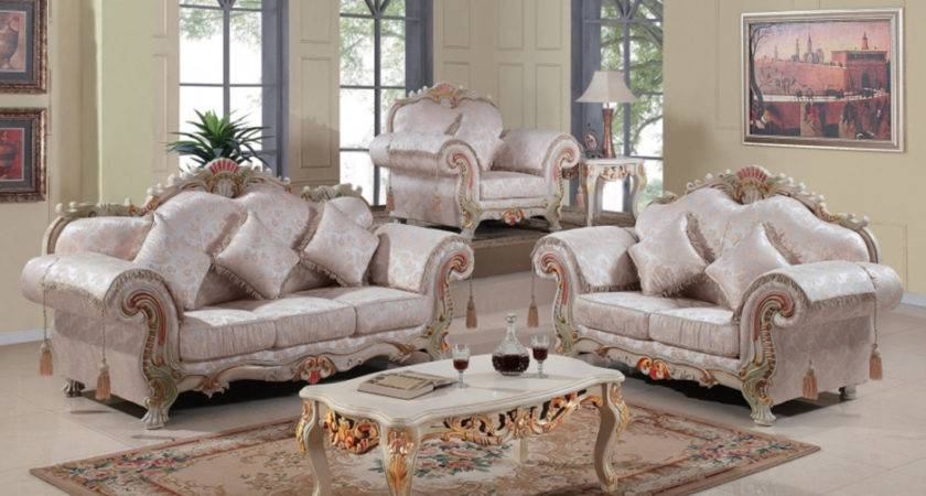 Living Room Heavenly Decoration Using