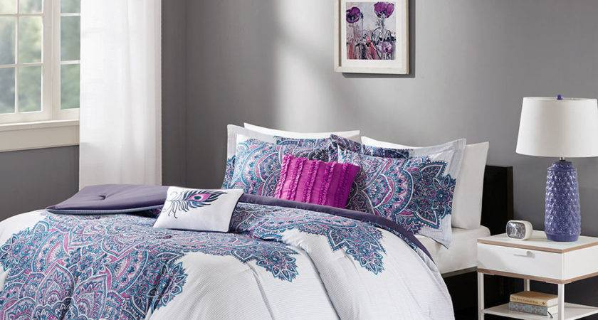 Lovely Soft White Purple Fuchsia Floral Comforter Set