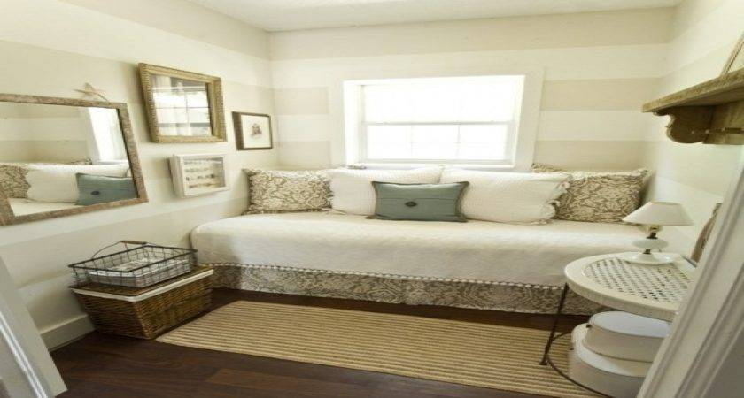 Make Most Small Bedroom Guest Room Ideas
