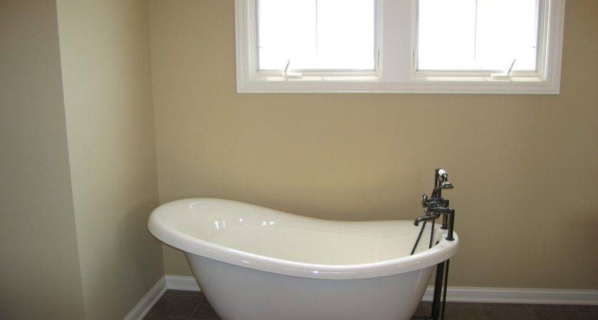 Modern Stand Alone Bathtub Standalone India