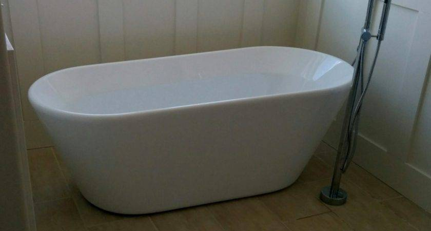 Modern Stand Alone Tubs Latest Acrylic White