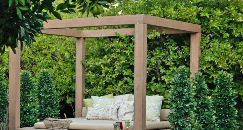 Outdoor Lounging Spaces Daybeds Hammocks Canopies