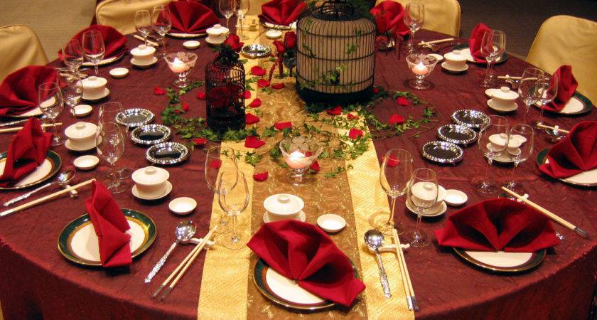 Red Centerpieces Wedding Tables