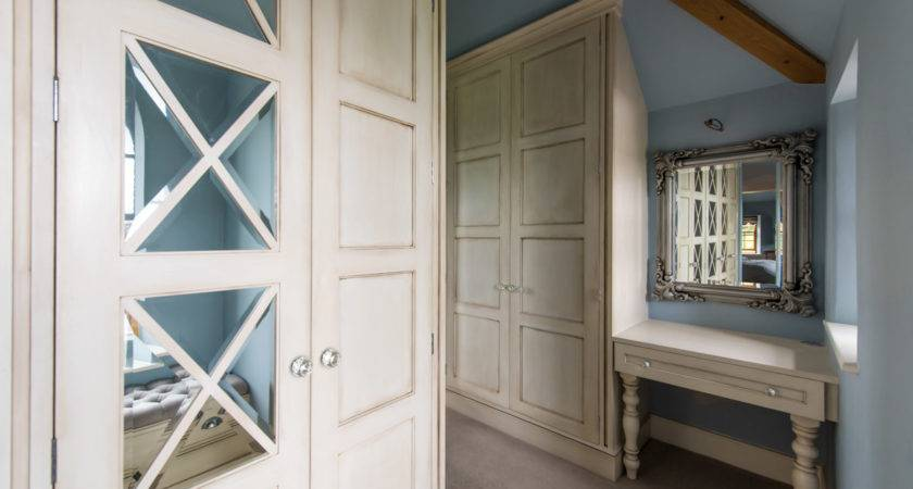Regency French Style Fitted Dressing Room Buscott