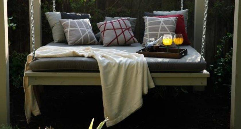 San Diego Outdoor Lounging Spaces Daybeds Hammocks