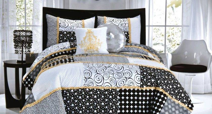 Seventeen Magazine Dot Twin Mini Comforter Set