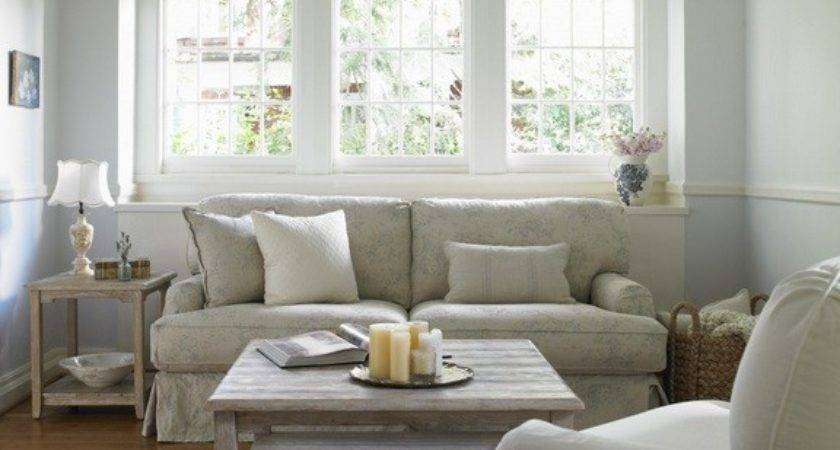 Small Country Chic Living Room Simple Furniture