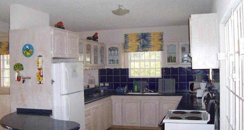 Small Kitchen Design Layouts Deductour