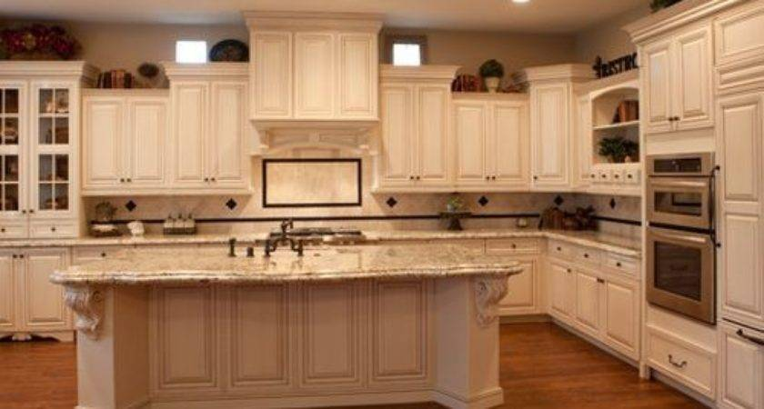 Staggered Cabinets Ideas Remodel Decor