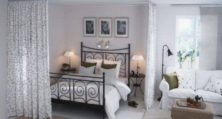 Super Functional Ideas Decorating Small Bedroom