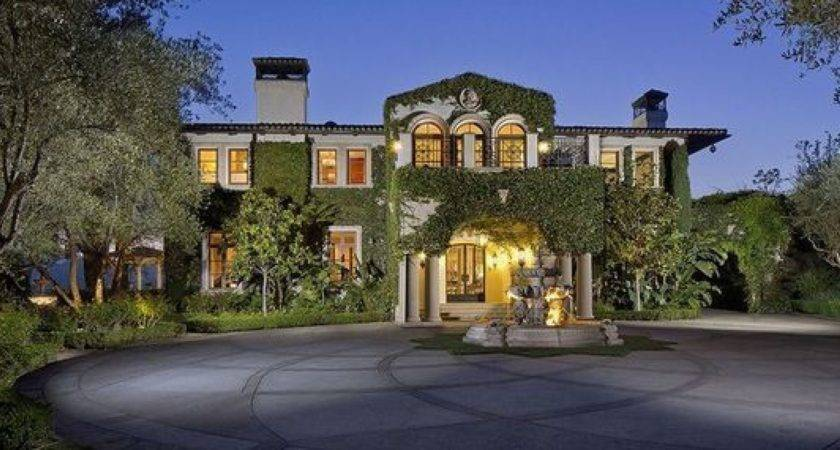 Things Anyone Can Learn List Celebrity Homes
