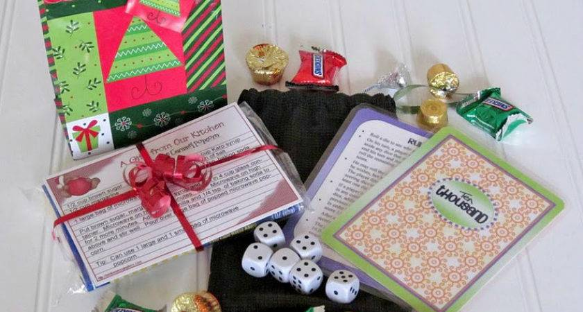 Today Fabulous Finds Twenty Five Small Christmas Gift