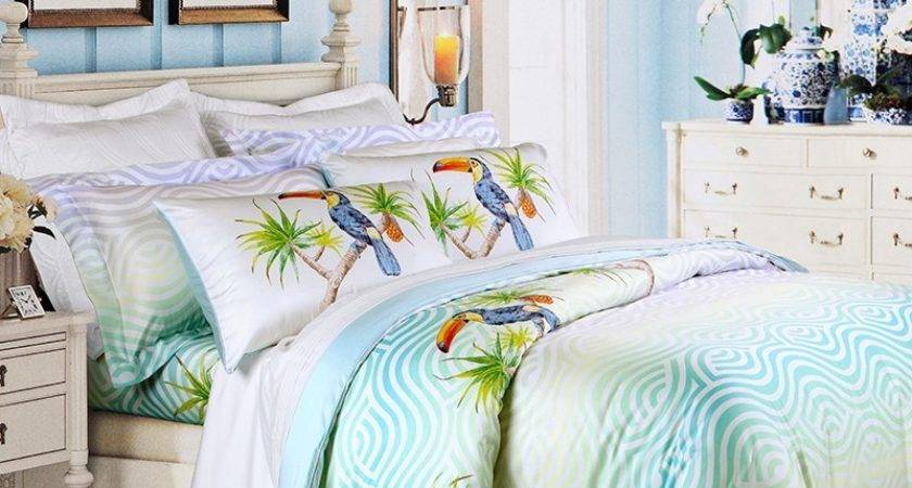 Turquoise Green Off White Animal Parrot Bird Wave