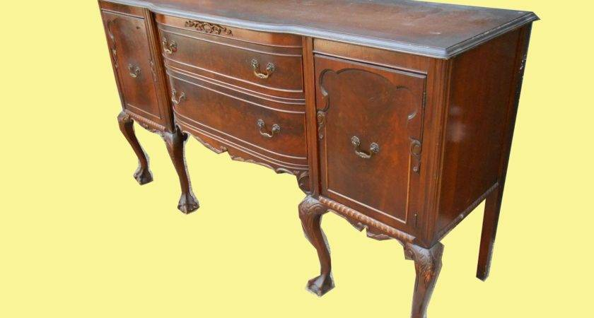 Uhuru Furniture Collectibles Chippendale Style
