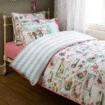 Vintage Style Bedding Shipping
