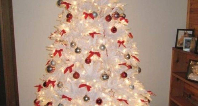 White Christmas Tree Red Gold Decorations